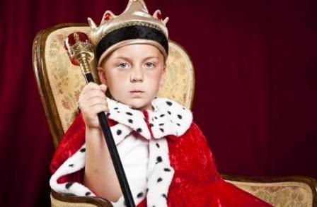 Enfant garcon roi 1 448x293